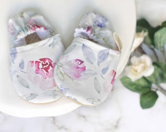 Purple Floral Baby Shoes, Baby Girl Shoes, Floral Baby Shoes, Baby Shoes, Baby Girl Booties, Purple Booties, Baby Moccasins, Baby Booties