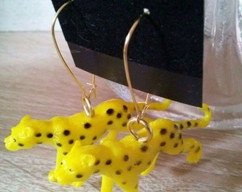 Fun leopard earrings