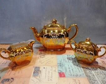 Sadler Cube Teapot Milk Jug and Sugar Bowl 1950's Gold Gilt Grapes Pattern Sadler Tea Set