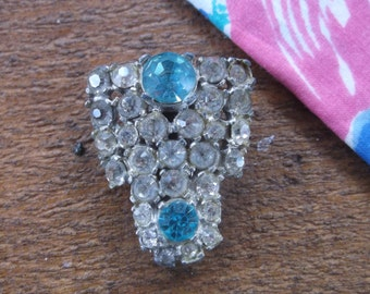 Vintage Antique Art Deco 1930's Dress Clip Sparkling Rhinestones with Aqua Blue Stones,  Great Gatsby Flapper Jewelry, 30 stones!