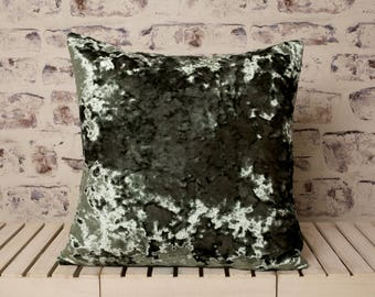 olive green crushed velvet cushion//olive green crushed velvet pillow//olive green velvet//green velvet//large velvet cushion pillow
