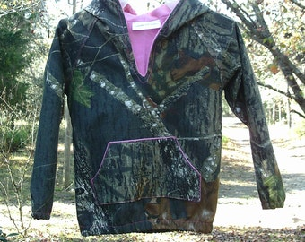 Light weight hoodie (Shown in photo Mossy Oak Camo Cotton fabric) #2 in fabric selection. 22 camo colors available