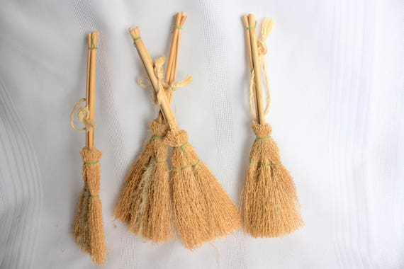 Small Straw Brooms Set Of 4 For Crafts Dollhouses