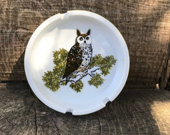 1970's Owl ceramic ashtray avocado green and white with 3 cigarette rests
