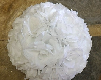 White Rose Flower Ball Pomander Wedding decoration Ball Silk Rose Kissing Ball Faux Flowers/Mutiple sizes/Aisle decor/ Centerpiece