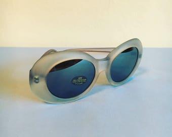 90s mirrored lens sunglasses