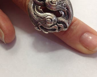Vintage Sterling Silver Ring Featuring Twin Japanese Koi Fish - Size 8 1/2