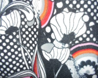Black and White Large Flowers with rainbow Fleece Blanket--Lap size