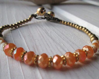 Pearl bracelet with shimmering Crystal beads * hippie boho Festival style * apricot