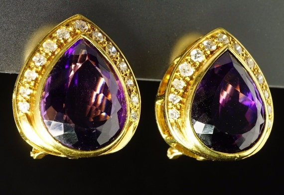 18K Yellow Gold Nat Pear-Cut Amethyst Diamond Domed Leave Cocktail Glam Earrings