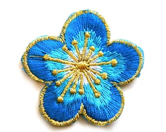 Blue Flower Embroidered Patch Appliqué