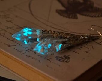 Glowing crystal earrings / Victorian earrings / Fantasy Earrings / Fairy Earrings