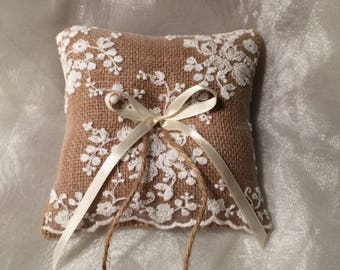 Small Ring bearer pillow featuring embroidered lace. Barn Wedding. Vintage wedding