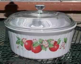 Corning Ware French White Delicious F-1-B 2.5 Liter Round Casserole with Lid