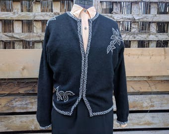 Vintage 1950's Lined Black Cashmere Wool With Glass Beads Cardigan / Sweater Size Medium Small