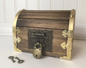 Treasure Chest, Treasure Box, Pirate Chest, party favor 6×4×4, Custom Engraved
