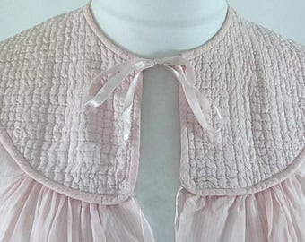 Vintage bed jacket 60s pink with bow to the neck size medium