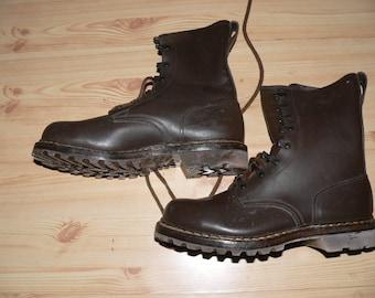 vintage 1980s German Army combat  boots  Size 40 unworn