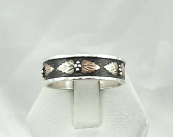 Large Vintage 10K Black Hills Gold And Sterling Silver Ring/Band Size 13 1/2 #BLACKHILLS-MS