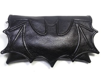 Small bat bag, goth bag bat clutch, black faux leather, bat wing wallet size bag, clutch bag, black pouch bag, fantasy bag, small vegan bag