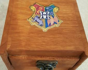 Small Hogwarts Treasure Box