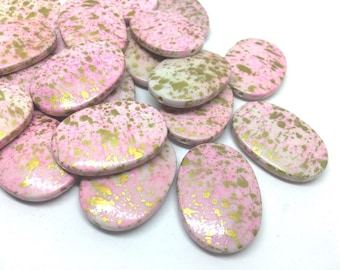 35mm Gold Foil Egg Shaped Beads, pink beads, gold beads, oval beads, egg shaped beads, big colorful beads, Golden Egg Collection