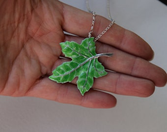 Pendant Leaf Silver and Enamel