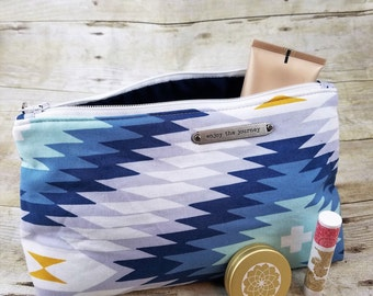 Southwest Inspired Cosmetic Bag, Cosmetic Case, Cosmetic Pouch, Cosmetic Organizer, Zipper Pouch, Zipper Bag, Make up bag, Small Zipper Bag
