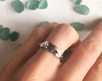 Kelp Forest Ring - Hand-Forged Sterling Silver Seaweed Ring - Smooth Finish with Patina - Size 5