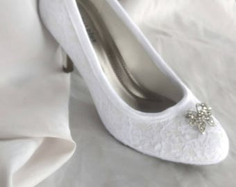 Custom women's shoes, prom, special occasion, bridal shoes, fairytale wedding, Cinderella shoes, whitw lace shoe, Marie Antoinette