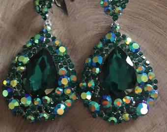 Emerald green large crystal earrings, large green rhinestone pageant earrings, chunky green prom earrings, emerald clip on earrings