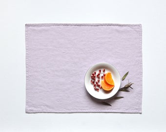 Light lavender placemat / Stonewashed linen / Softened natural linen / Table décor /