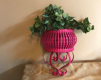 Vintage Wall Sconce; Pink Metal Wall Planter; Pink Painted Metal Wall Planter; Pink Wall Sconce; Metal Wall Sconce