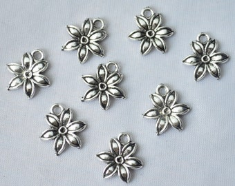 15 Pcs Small Flower Charms Antique Silver Tone 14x15mm - YD1782