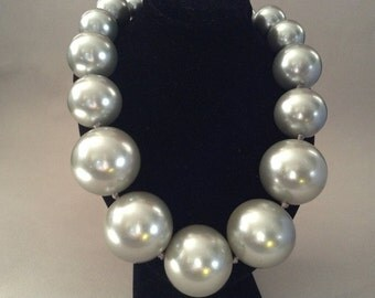 Graduated Giant Brushed Silver Tone Polymer Bead Necklace Fold Over Clasp