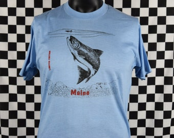 Vintage Maine Tee Shirt / Vtg Maine Shirt / 80s Maine Fish Print T-shirt / Screen Stars / Soft and Thin / Fishing / FIts like a Large