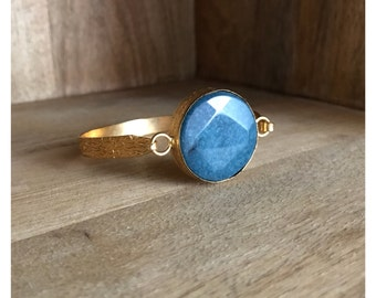 Golden brass and turquoise bracelet