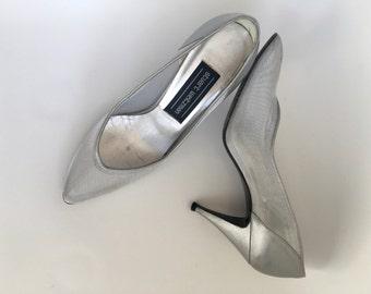 7 80's Stuart Weitzman Shimmery Silver Mesh Cinderella Pumps - Size 7
