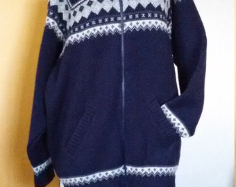 Pure Wool New Zealand Natural Clothing zip up Sweater XL, Navy nordic motif Made in New Zealand