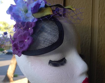 Flowers Fascinator Violets on a Black Base. Romantic Purple shades , Pin Up Retro Vintage Look Rockabilly Dita Antique Style OOAK!
