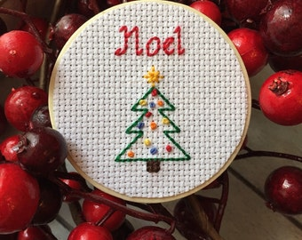 Noel Magnet, Christmas Tree Decor, Christmas Decor, Holiday Decor, Cross Stitch Decor, Wooden Magnet