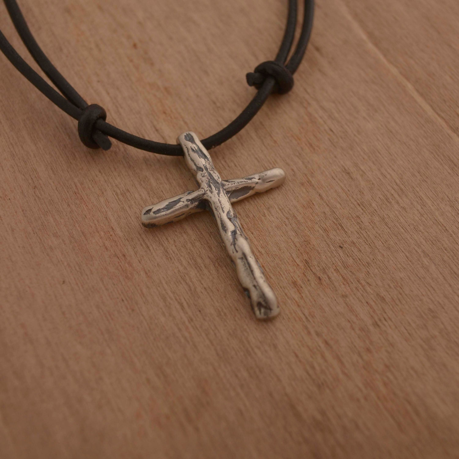 art mens cross necklace sterling silver cross pendant on. Black Bedroom Furniture Sets. Home Design Ideas