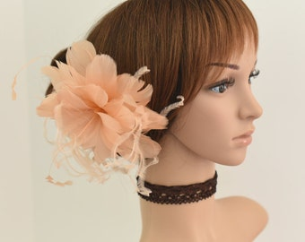 Wedding Fascinator, Bridal Hair Comb,Wedding Hair Comb,Feather Flower Comb Fascinator 30A (Peach)