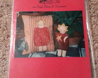 Angel Pillow and Ornament #83 by Patrice and Company - Christmas Homespun Muslin Angel Stitchery Pillow - Uncut Craft Pattern