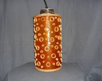 Lustre en plexiglass orange des années 70