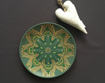 Decorative mandala plate. Hand painted. Handmade. Ceramic. Green oriental ornament. Gift for her. Unique drawing. Home decor. Gold. Room Art