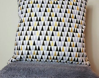 "geometric cushion, geometric print, metallic print, cushion cover 18"" , Metallic gold, triangle pillow, geometric pillow, peaks."