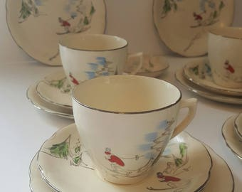 Vintage tea set. 1950's Broadhurst Alpine tea set including 4 cups, 4 saucers and 5 plates and mini plate (for possibly tea leaves).