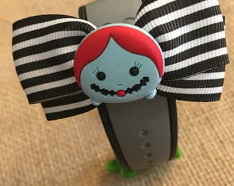 Sally (Nightmare Before Christmas) themed magic band bow