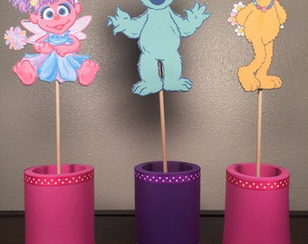 Sesame Street Centerpiece: Abby, Zoe, Rosita (Everything included as displayed)